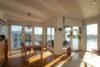 CITYHOUSE: Exklusiver Rheinblick, oberste Etage, Komfortwohnung mit Balkon, Aufzug, 2 TG Stellplätze - Essecke mit Aussicht