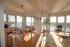 CITYHOUSE: Exklusiver Rheinblick, oberste Etage, Komfortwohnung mit Balkon, Aufzug, 2 TG Stellplätze - Wohn- und Esszimmer mit Aussicht auf den Rhein