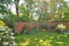 CITYHOUSE: Schönes, saniertes Eckreihenhaus mit gepflegtem Garten, 2 Terrassen, Keller, Garage - Liebevoll angelegter Garten