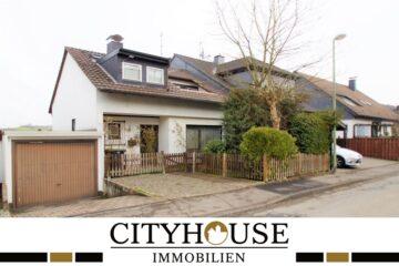 CITYHOUSE: Schönes Einfamilienhaus, TOP Lage im Bergischen mit EBK, Balkon, Kamin, Garten und Garage, 51789 Lindlar-Schmitzhöhe, Einfamilienhaus